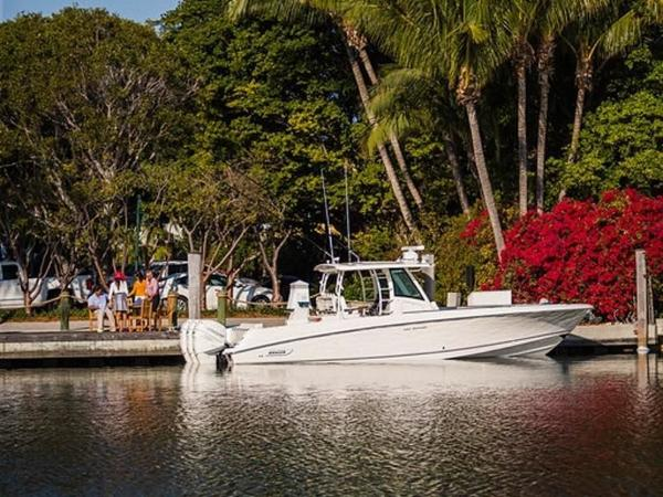2020 Boston Whaler boat for sale, model of the boat is 350 Outrage & Image # 3 of 37