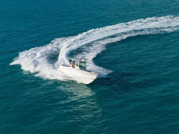 2020 Boston Whaler boat for sale, model of the boat is 350 Outrage & Image # 4 of 37