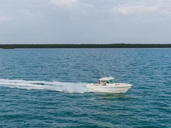 2020 Boston Whaler boat for sale, model of the boat is 350 Outrage & Image # 5 of 37