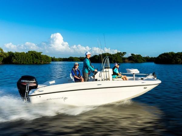 2020 Bayliner boat for sale, model of the boat is T18Bay & Image # 1 of 45