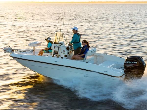 2020 Bayliner boat for sale, model of the boat is T18Bay & Image # 5 of 45