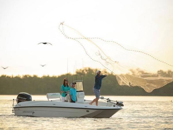 2020 Bayliner boat for sale, model of the boat is T18Bay & Image # 6 of 45