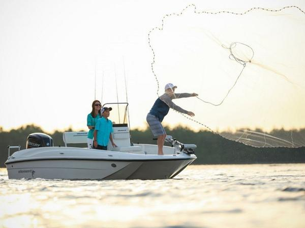 2020 Bayliner boat for sale, model of the boat is T18Bay & Image # 7 of 45
