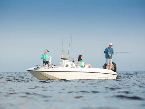 2020 Bayliner boat for sale, model of the boat is T18Bay & Image # 14 of 45