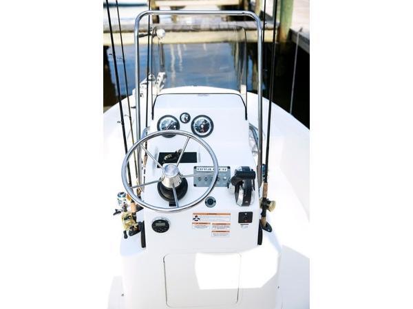 2020 Bayliner boat for sale, model of the boat is T18Bay & Image # 25 of 45