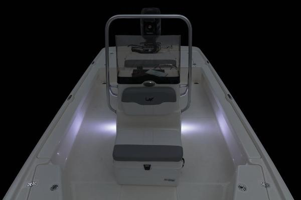 2020 Mako boat for sale, model of the boat is 21 LTS & Image # 45 of 59