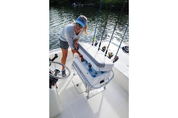 2020 Mako boat for sale, model of the boat is 21 LTS & Image # 57 of 59