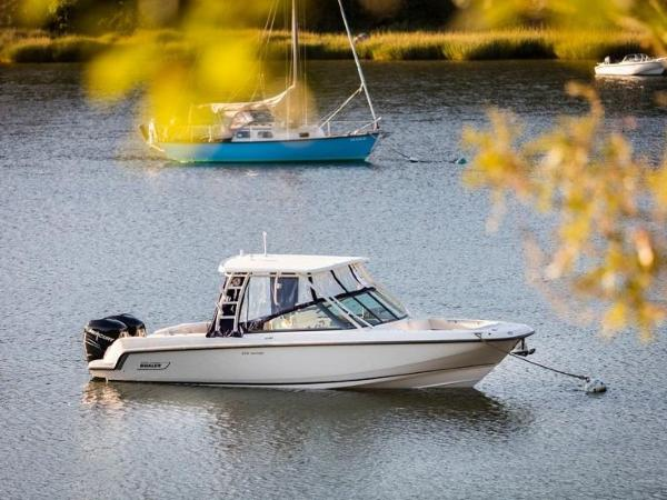 2020 Boston Whaler boat for sale, model of the boat is 270 Vantage & Image # 3 of 51
