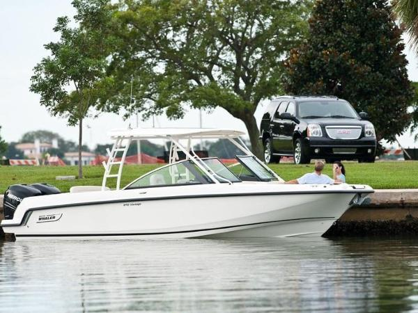 2020 Boston Whaler boat for sale, model of the boat is 270 Vantage & Image # 11 of 51