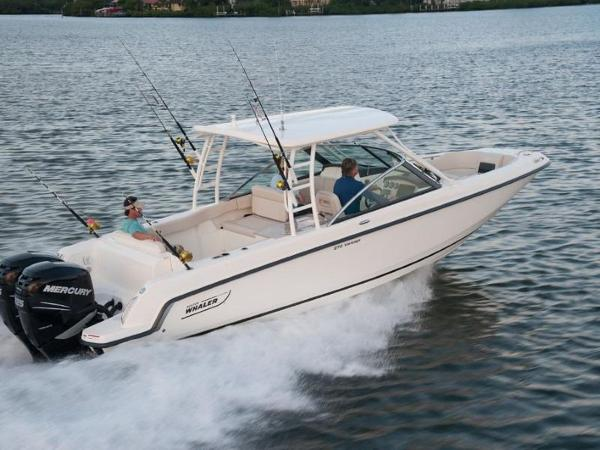 2020 Boston Whaler boat for sale, model of the boat is 270 Vantage & Image # 12 of 51