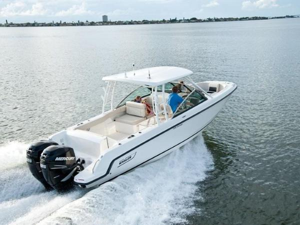 2020 Boston Whaler boat for sale, model of the boat is 270 Vantage & Image # 24 of 51