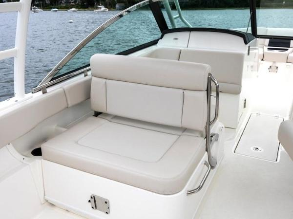 2020 Boston Whaler boat for sale, model of the boat is 270 Vantage & Image # 29 of 51