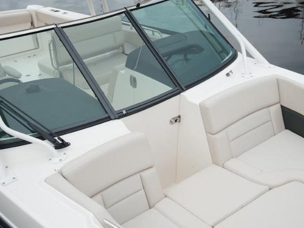 2020 Boston Whaler boat for sale, model of the boat is 270 Vantage & Image # 30 of 51