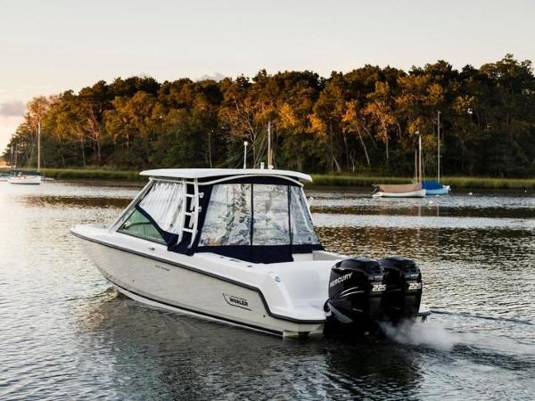 2020 Boston Whaler boat for sale, model of the boat is 270 Vantage & Image # 35 of 51