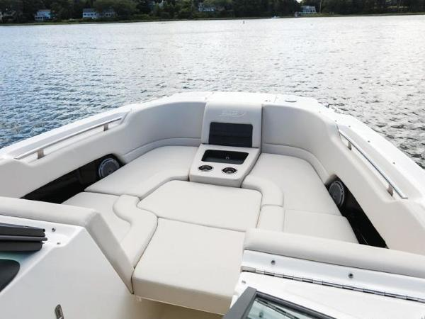 2020 Boston Whaler boat for sale, model of the boat is 270 Vantage & Image # 38 of 51