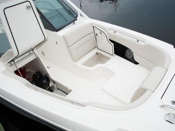 2020 Boston Whaler boat for sale, model of the boat is 270 Vantage & Image # 42 of 51