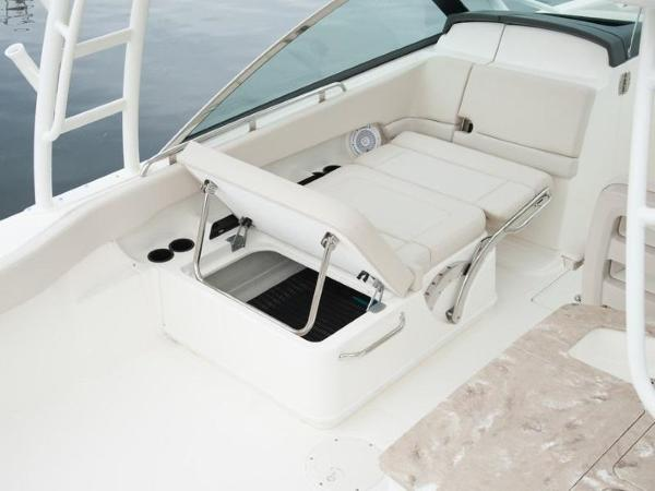 2020 Boston Whaler boat for sale, model of the boat is 270 Vantage & Image # 48 of 51