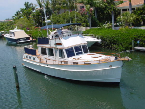Clipper one grand banks 42 yachts for sale for Grand banks motor yachts for sale