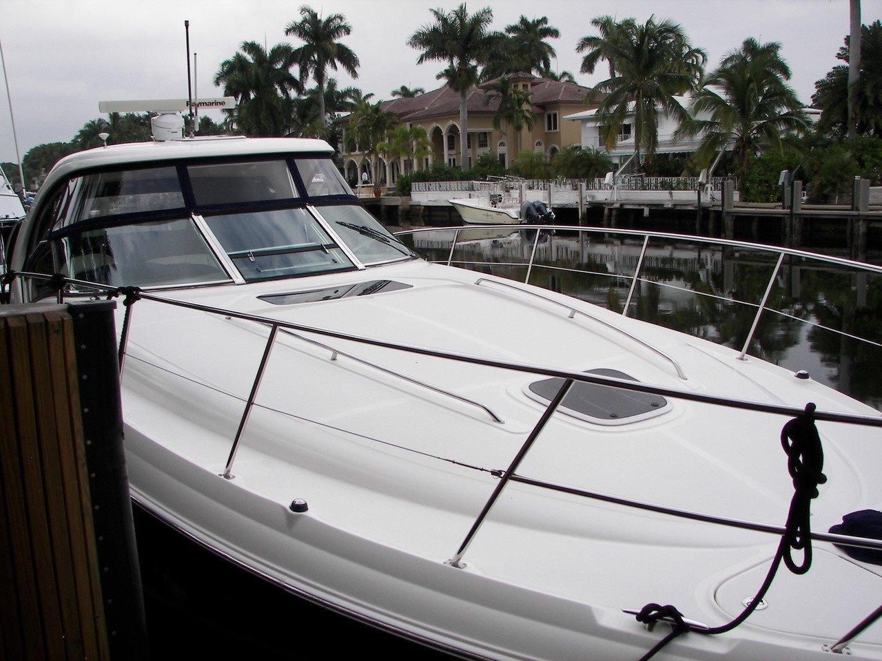 39 sea ray satisfied 2005 ft lauderdale denison yacht for 41 ft mainship grand salon