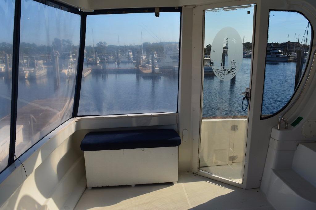 Carver 466 Motor Yacht - Aft Deck to Port
