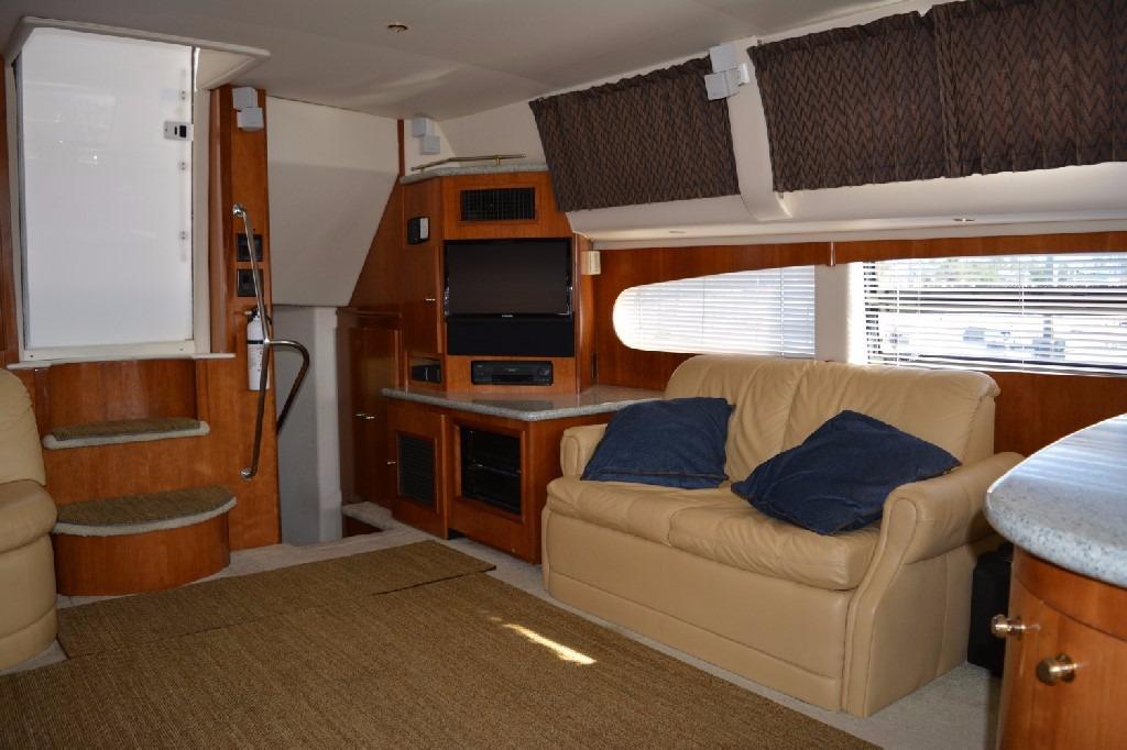 Carver 466 Motor Yacht - Port Salon Facing Aft