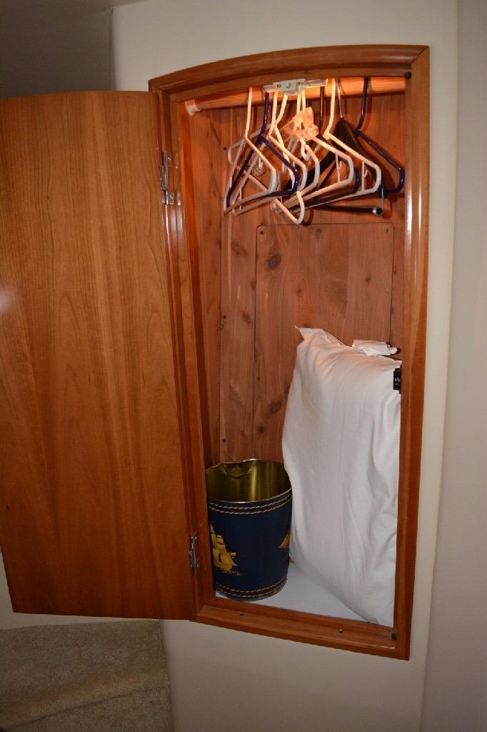 Carver 466 Motor Yacht - Forward Hanging Locker