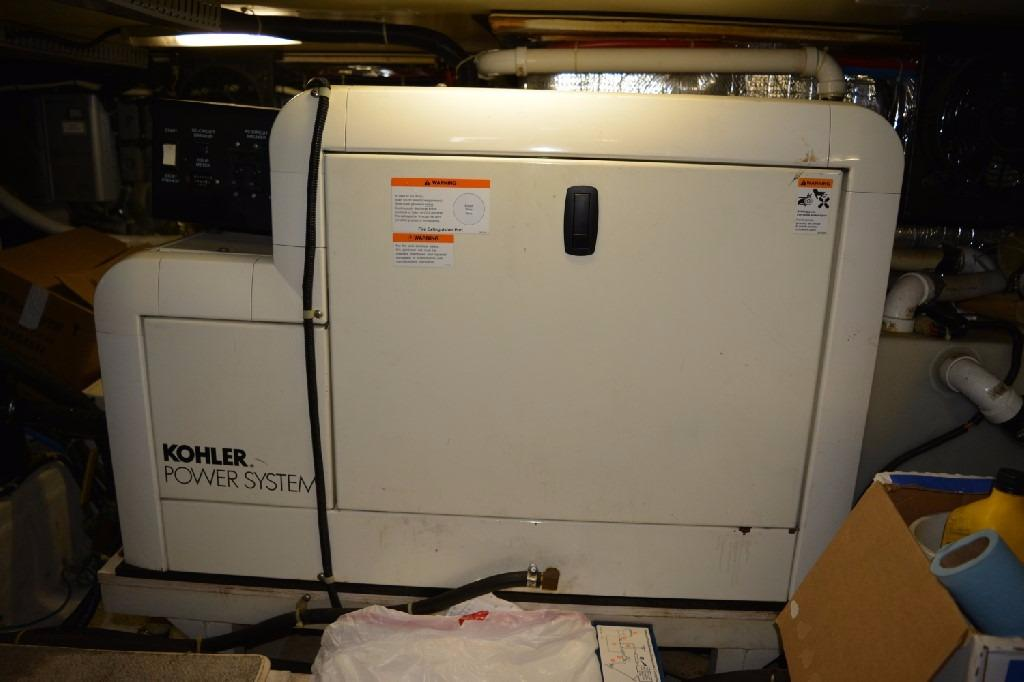 Carver 466 Motor Yacht - Kohler Genset