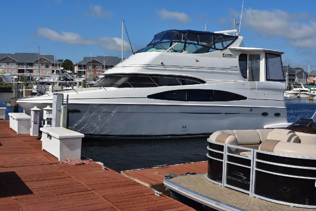 Carver 466 Motor Yacht - Port Side