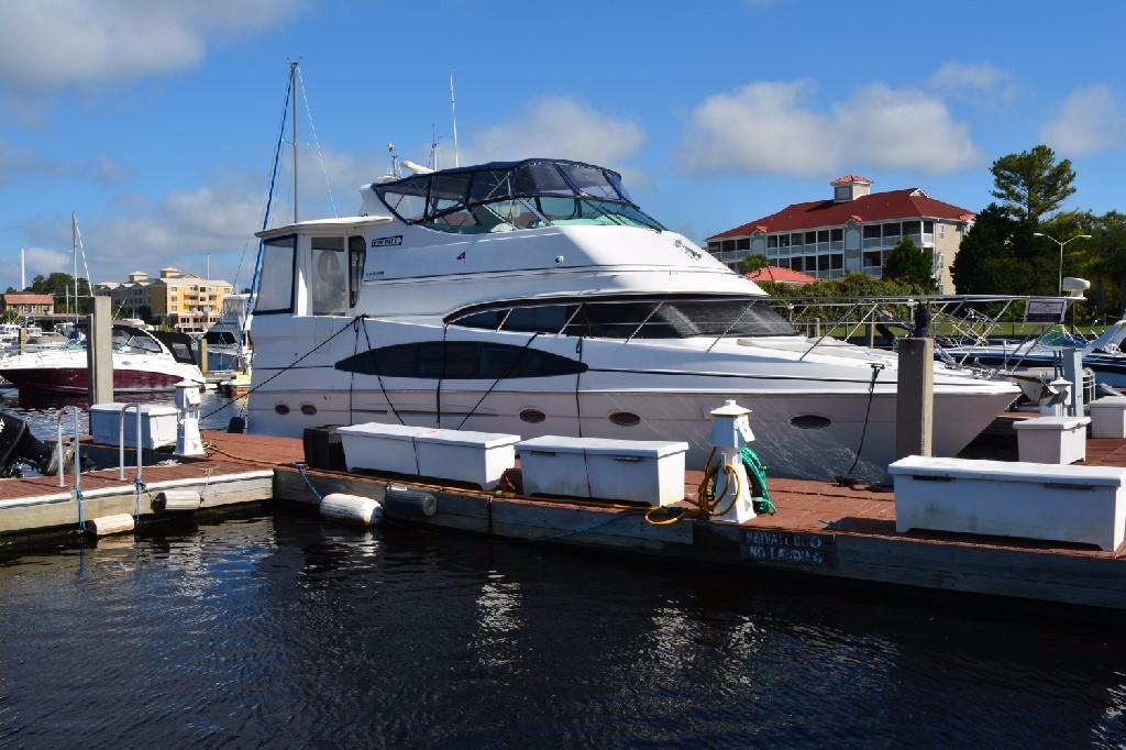 Carver 466 Motor Yacht - Starboard