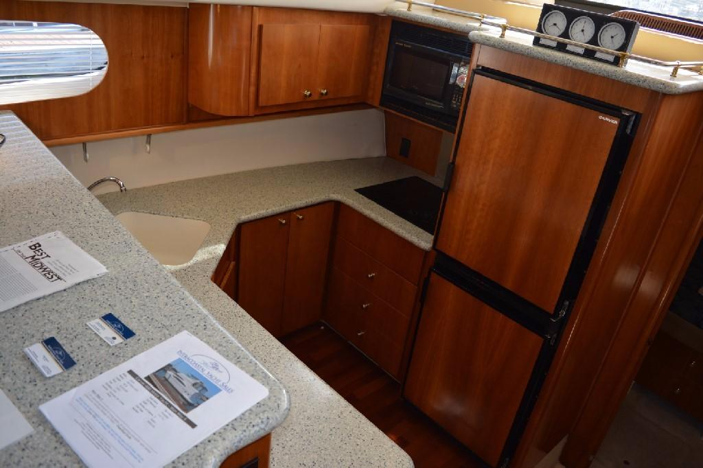Carver 466 Motor Yacht - Galley 1
