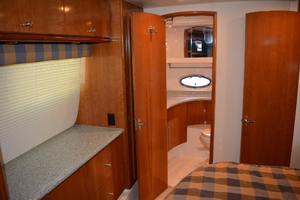Carver 466 Motor Yacht - Master to Port