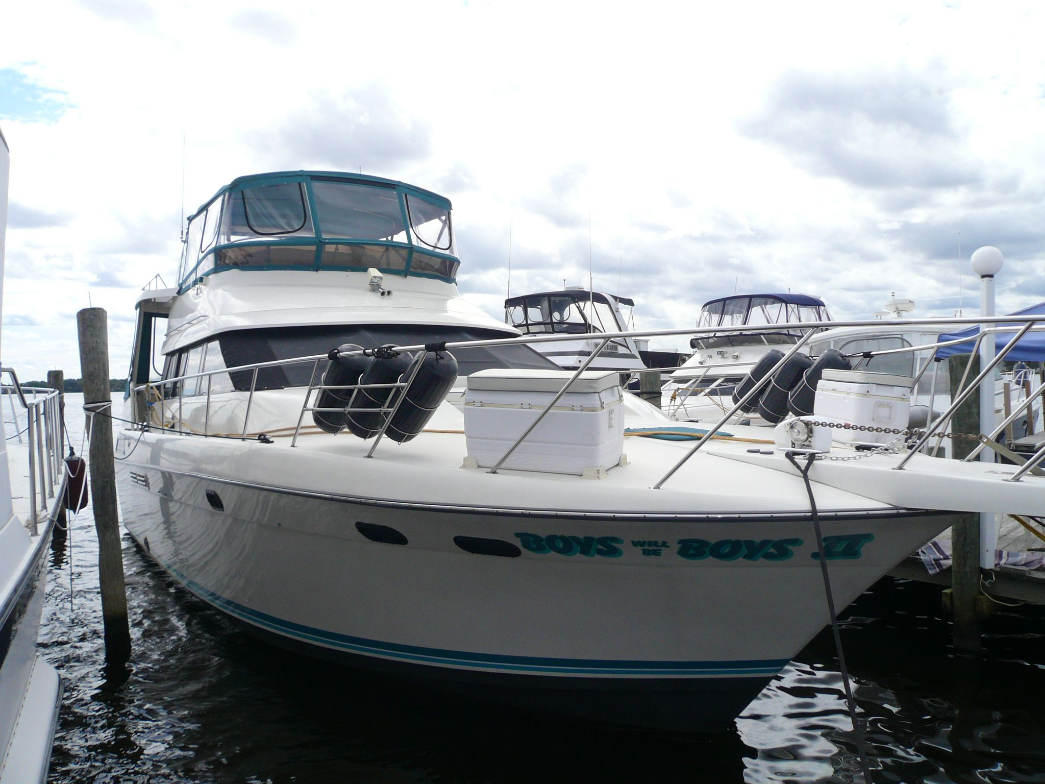 1990 silverton 46 motor yacht for sale for Silverton motor yachts for sale