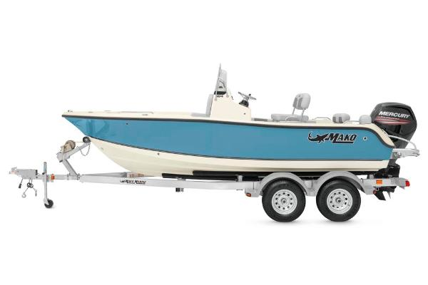 2020 Mako boat for sale, model of the boat is 184 CC & Image # 2 of 9