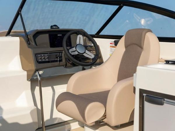 2020 Bayliner boat for sale, model of the boat is VR6 Cuddy & Image # 9 of 54