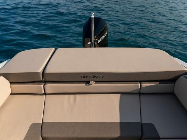 2020 Bayliner boat for sale, model of the boat is VR6 Cuddy & Image # 11 of 54