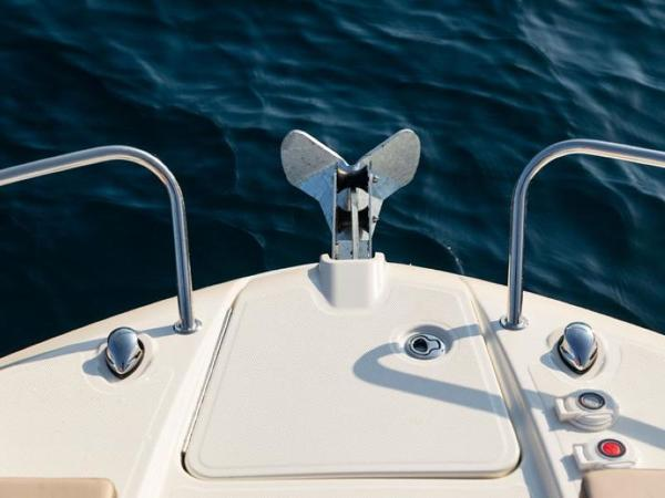 2020 Bayliner boat for sale, model of the boat is VR6 Cuddy & Image # 13 of 54