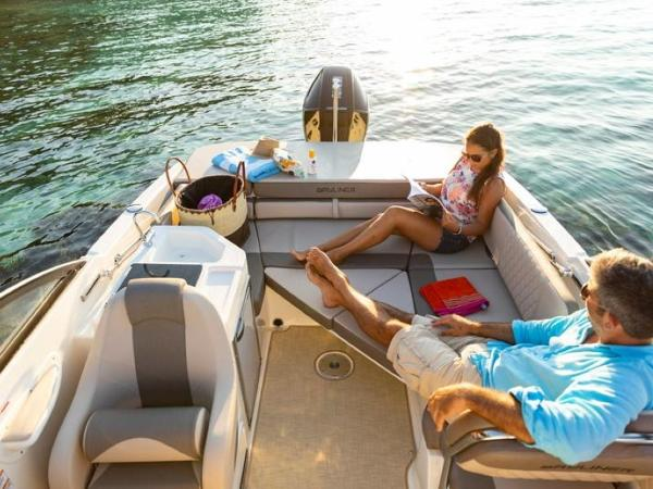 2020 Bayliner boat for sale, model of the boat is VR6 Cuddy & Image # 28 of 54
