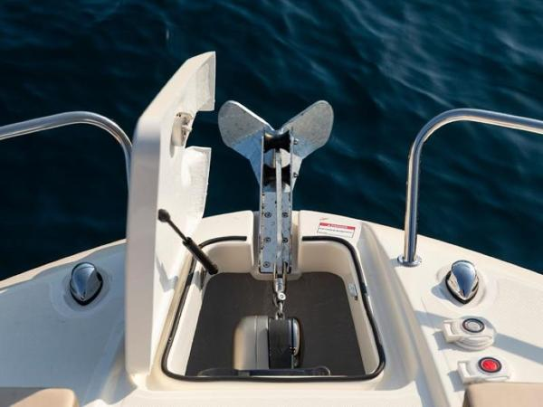 2020 Bayliner boat for sale, model of the boat is VR6 Cuddy & Image # 32 of 54
