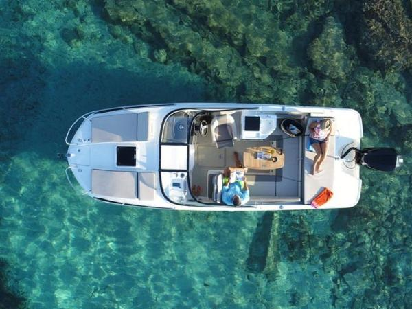 2020 Bayliner boat for sale, model of the boat is VR6 Cuddy & Image # 42 of 54