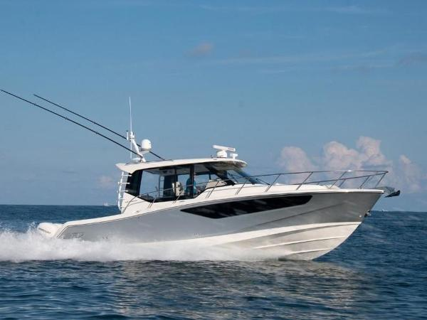 2020 Boston Whaler boat for sale, model of the boat is 405 Conquest & Image # 5 of 62