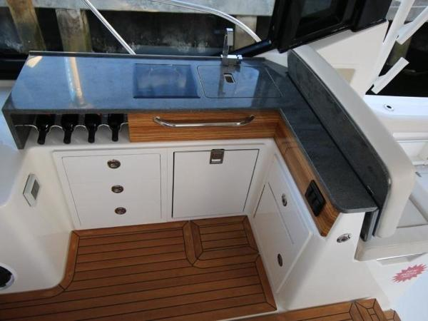 2020 Boston Whaler boat for sale, model of the boat is 405 Conquest & Image # 15 of 62