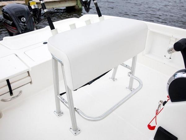 2020 Bayliner boat for sale, model of the boat is T21Bay & Image # 14 of 42