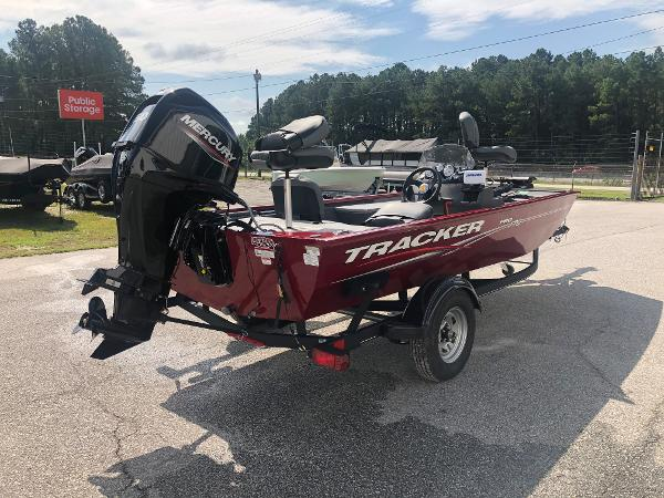 2021 Tracker Boats boat for sale, model of the boat is Pro 170 & Image # 3 of 27