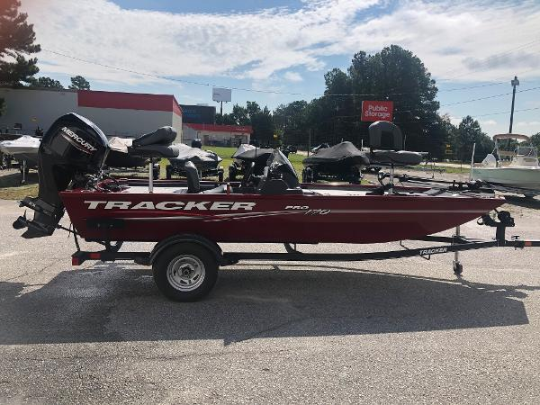 2021 Tracker Boats boat for sale, model of the boat is Pro 170 & Image # 4 of 27