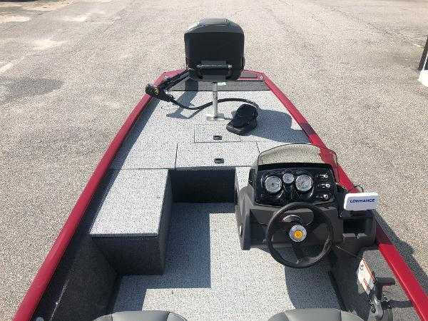 2021 Tracker Boats boat for sale, model of the boat is Pro 170 & Image # 9 of 27