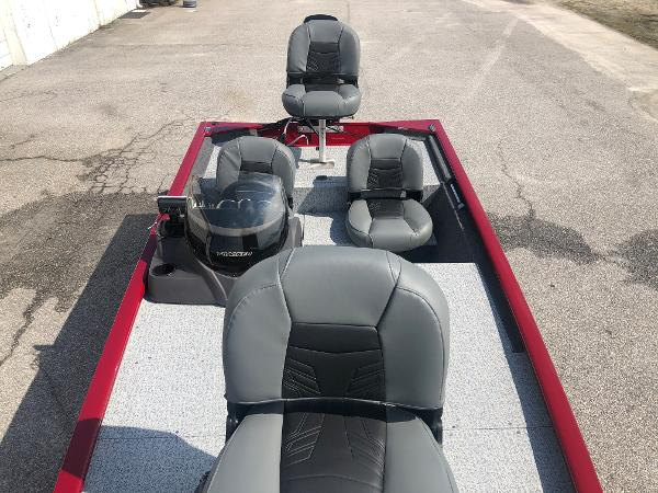 2021 Tracker Boats boat for sale, model of the boat is Pro 170 & Image # 10 of 27