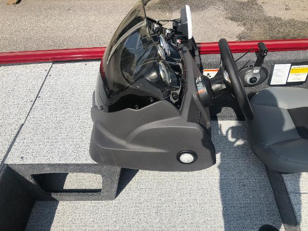 2021 Tracker Boats boat for sale, model of the boat is Pro 170 & Image # 18 of 27