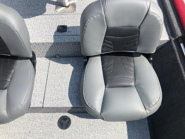 2021 Tracker Boats boat for sale, model of the boat is Pro 170 & Image # 21 of 27