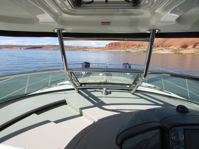 2006 Sea Ray boat for sale, model of the boat is 40 Sundancer & Image # 11 of 35