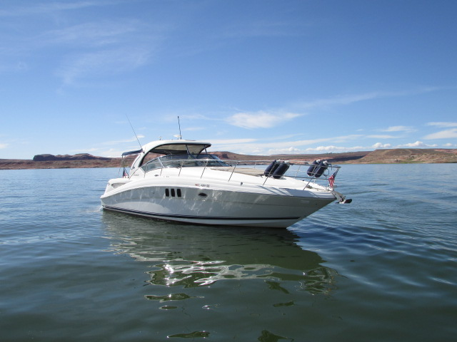 2006 Sea Ray boat for sale, model of the boat is 40 Sundancer & Image # 15 of 35